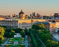 WHAT ARE THE GEOGRAPHICAL COORDINATES OF VIENNA ?